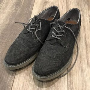 Toms Brogue Wing Tip shoes